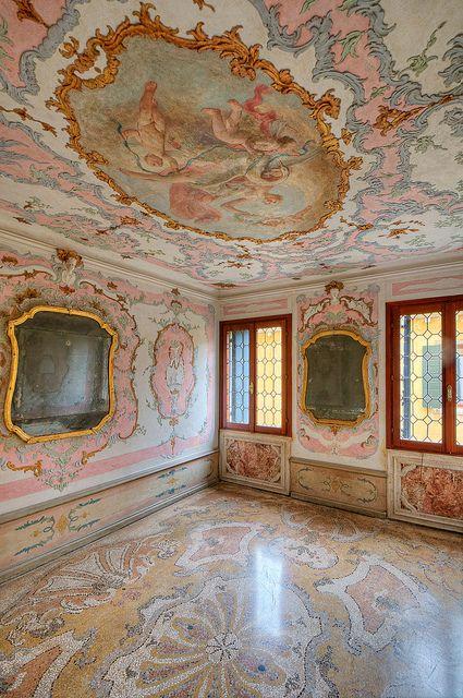 Palazzo Loredan, Venice | Baroque interior of a 15th century palazzo #Baroque #Interiors