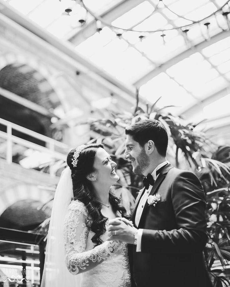 Happy Day Story #happy #day #damat #dugun #story #wedding #makeup #hair #justmarried #black #gelinlik #monokrom #goodmorning #weddingdress #white #groom #bride #happydaystoryy #happydaystory #happaydaywedding #bridesmaid #love #savethedate #bridesmaid http://gelinshop.com/ipost/1523885972080421870/?code=BUl7je8Devu