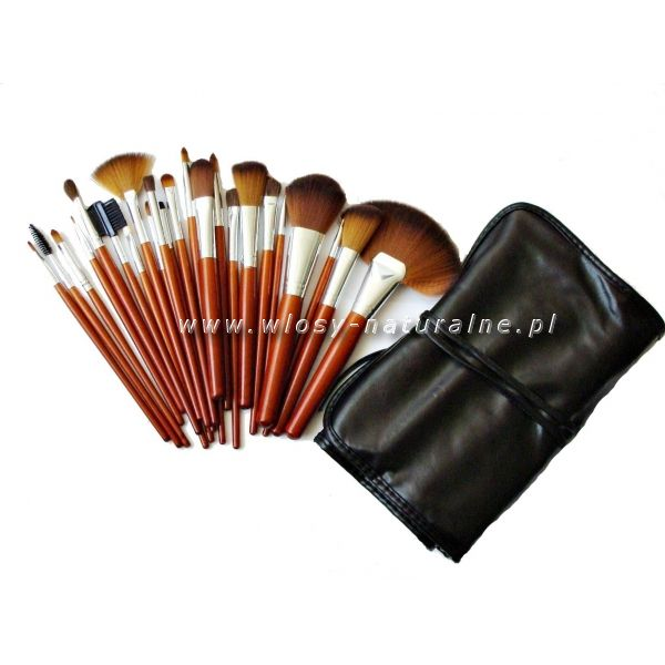 Professional make up brush from www.wlosy-naturalne.pl