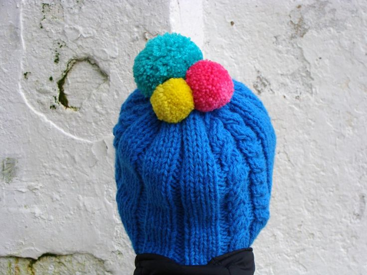 Nudakillers - Pom pom beanie, cable knit, handmade, knitted