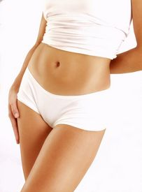 It is due to the breakage in the muscles of the abdomen and the stretching that cause the tummy to sag and have excess skin folds... http://www.modernmedicineandyou.com/done-the-entire-excise-had-that-nutritious-diet-and-still-having-that-sagging-tummy/