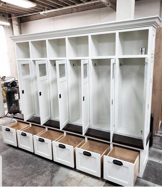 THE SHAKER GEORGIA Mudroom Lockers Bench Storage Cubbies