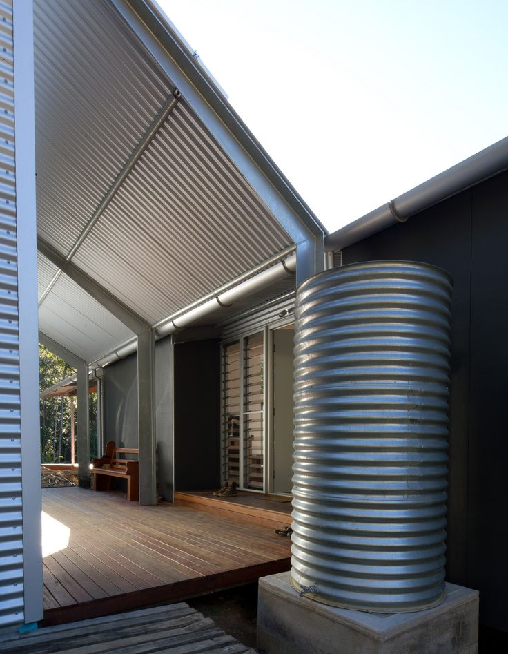 Image 7 of 9 from gallery of Tinbeerwah House / Robinson Architects. Photograph by Nic Granleese
