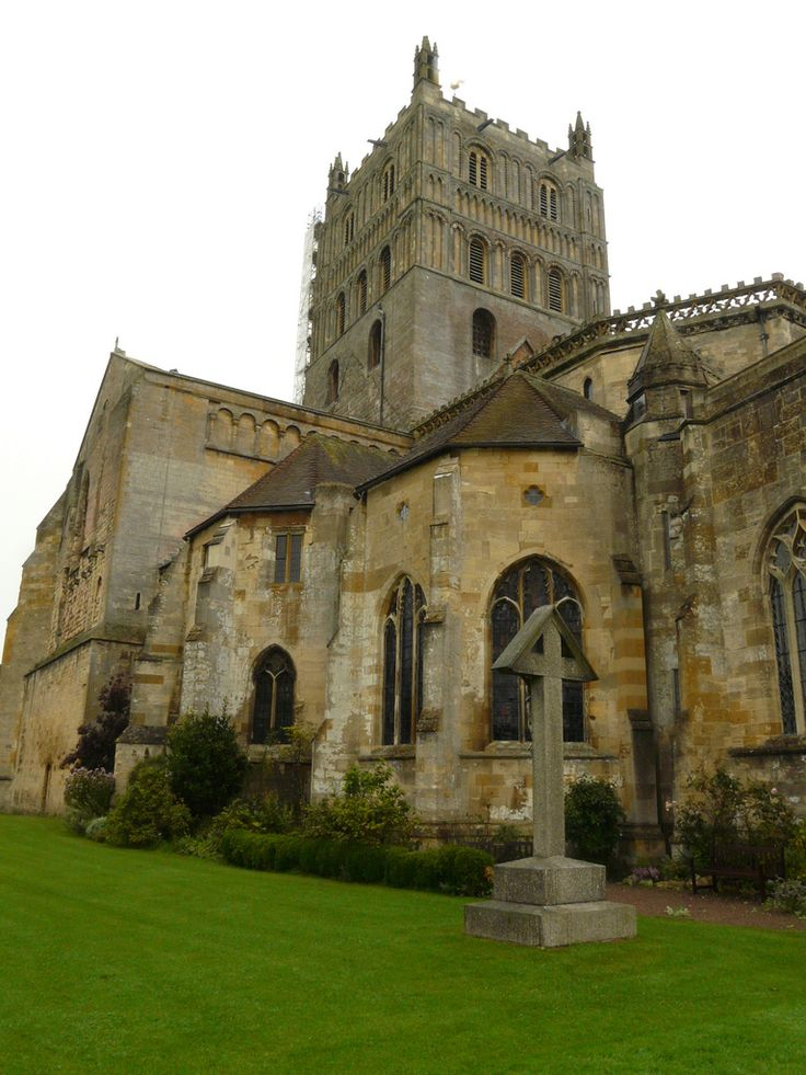 Tewkesbury abbey photo by colin 39 spic 39 s via flickr the for Architecture romane