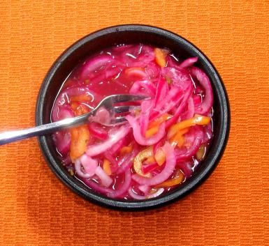Salsa yucateca de chile habanero - foto (c) Robin Grose