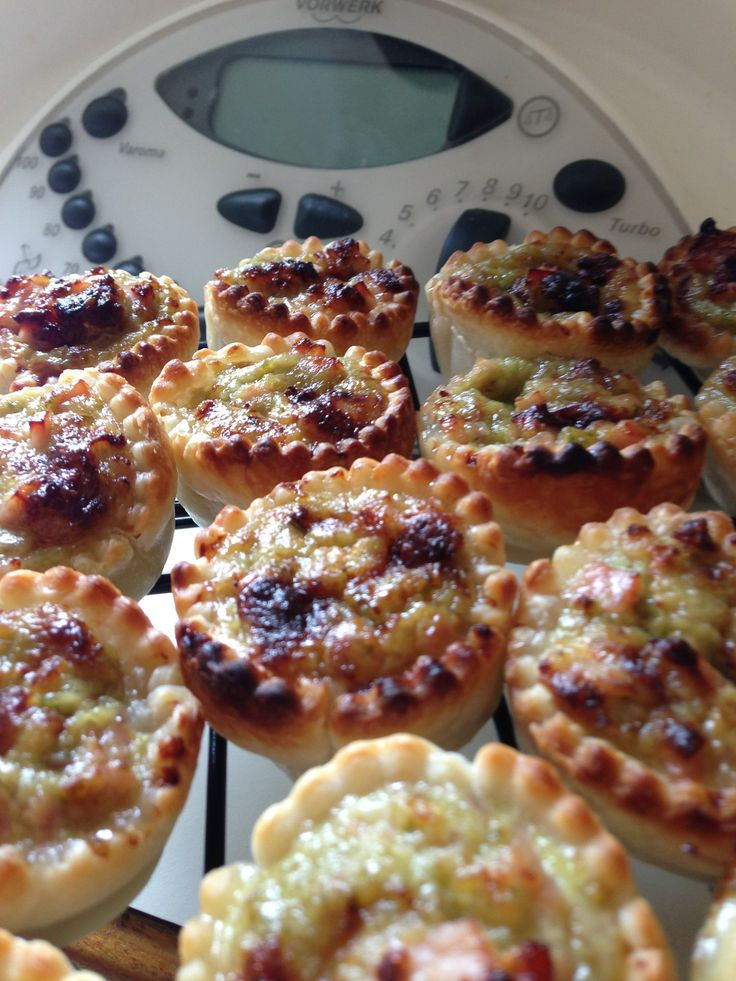 Little Party Savouries - mini quiche in the Thermomix