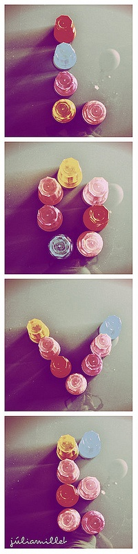 Letras hechas con vasos