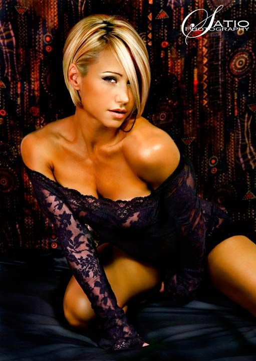 The hair not the get up. Jamie Eason fitness model...love her hair