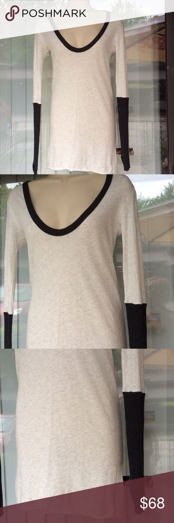 Enza Costa for Intermix designer top Very light and soft,wit thumb hole on sleeve ,worn once,cashmere and cotton Enza Costa Tops Tees - Long Sleeve
