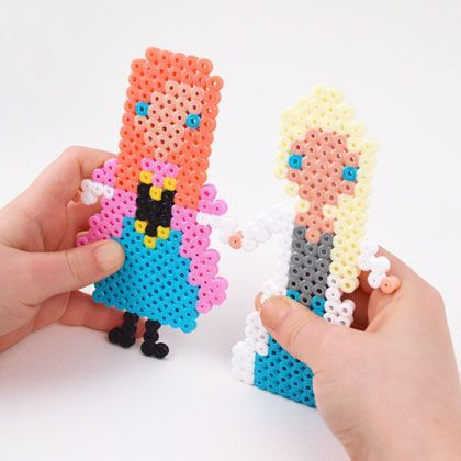 30 minute melty bead craft princess dolls with easy to follow pattern - Hama Perler bead Frozen Dolls - Anna and Elsa.