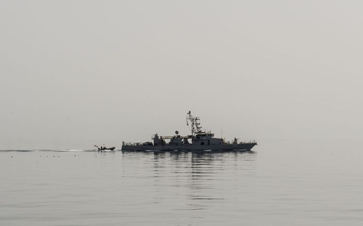 The coastal patrol craft USS Thunderbolt (PC 12) recovers a rigid hull inflatable boat (RHIB) during a trilateral exercise between the U.S., Kuwait and Iraq, in the Arabian Gulf, March 15, 2017. U.S. Navy Photo