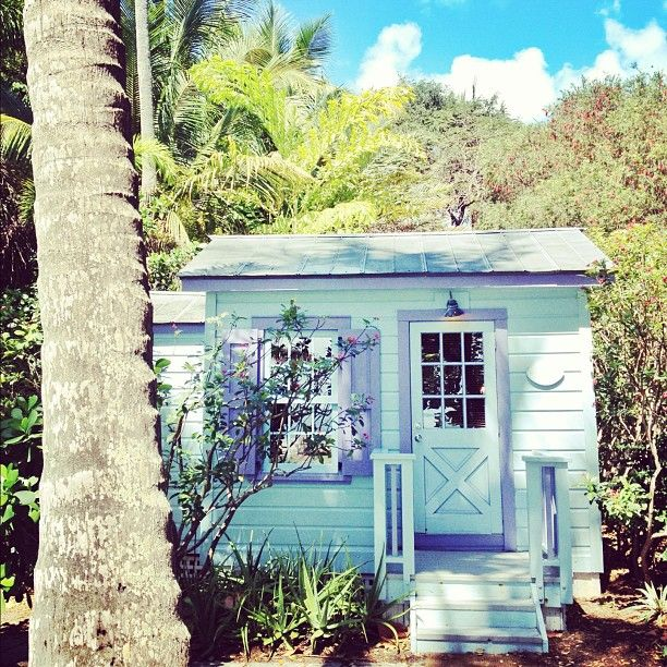 Summer beach cottage - LOVE the Colours -  -  To connect with us, and our community of people from Australia and around the world, learning how to live large in small places, visit us at www.Facebook.com/TinyHousesAustralia