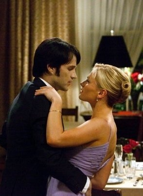 Bill Compton hired out the whole French restaurant so he could surprise Sookie Stackhouse, they danced before he ask her to marry him........