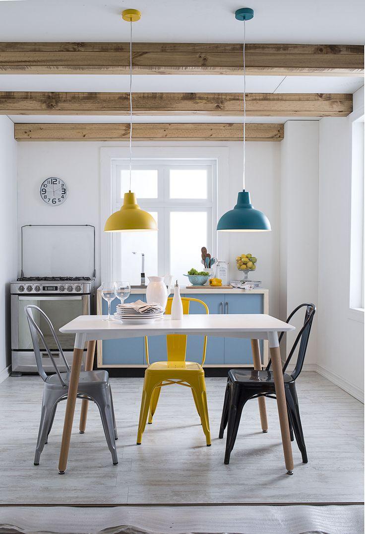 Un toque de color le viene bien a todas las habitaciones de nuestra casa ¿Te animas con estas lámparas para tu cocina? #Easytienda #Decoración #Iluminación #Cocina