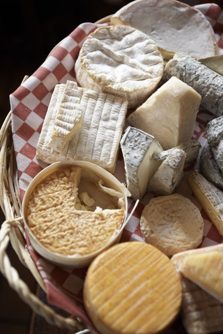Plateau de fromages - As many articles have articulated, the French do eat cheese everyday, along with freshly baked amazingly aromatic bread. You'll also find some exquisite butter around this type of scene.