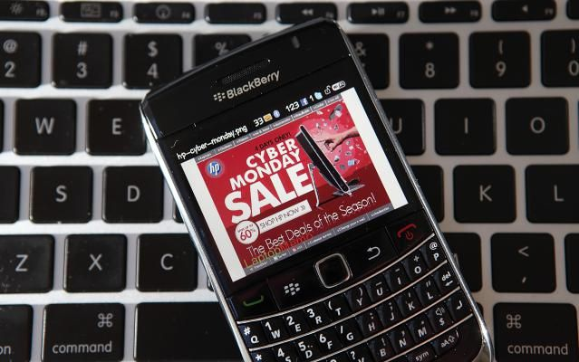 Celulares nuevos y baratos en Viernes Negro y Cyberlunes. Desde ya empieza a buscar las mejores y más convenientes ofertas del #BlackFriday  y el #CyberMonday en #Smartphones  y planes.