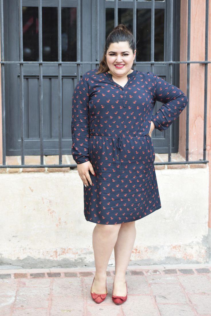 Outfit: Japi, La Fatshionista, Levi's Plus Size Dress, Gordibuena, Ropa para Gorditas, Curvy Fashion, Red pumps bow