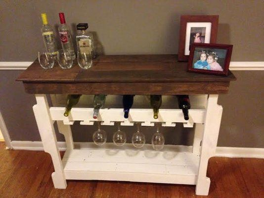 Pallet wine sidebar table solid wood furniture shelf in Camp Lejeune