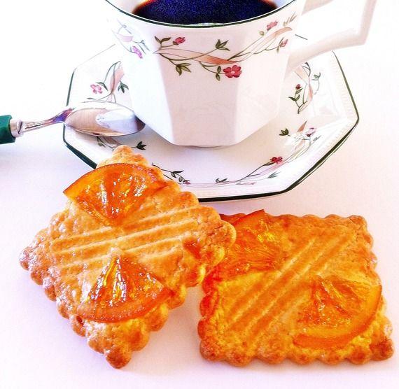 Pause Café - des galettes charentaises avec tranches d'oranges confites - By Claudia Chocolats - AlittleEpicerie