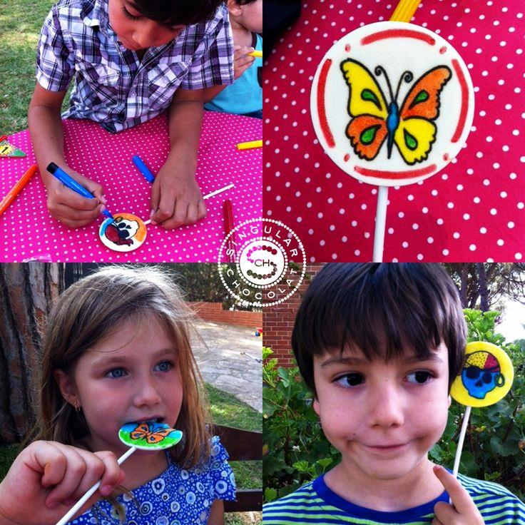 Comenzamos la semana con una sonrisa ;) http://singularchocolat.com/blog/category/pintaletas-dulce-glase/