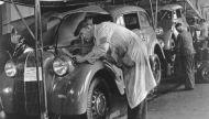 In 2010 kwam er na 85 jaar een einde aan de aan  de autoproductie van General Motors in Antwerpen.  In 1925 begon General Motors in Antwerpen begon met de productie (assembalge) van Chevrolets te Antwerpen. Dat gebeurde aanvankelijk erg bescheiden in de gebouwen van een oude abdij aan de Kloosterstraat . Later verhuisde GM naar de Noorderlaan op de Luchtbal.