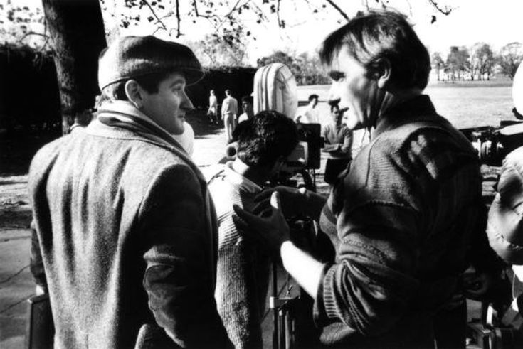 Peter Weir and Robin Williams behind the scenes on Dead Poets Society, 1989.