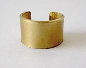 gold ear cuff: Gold Ears, Statement Cuffs, Ear Cuffs, Ears Cuffs
