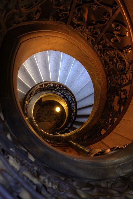 Versailles spiral stair