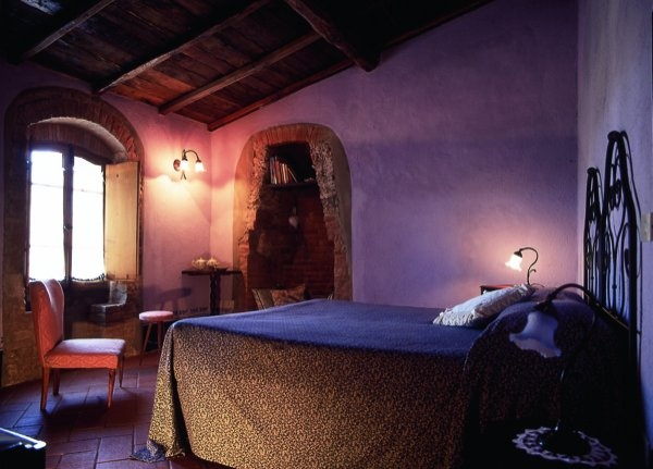 Fuoco - La Locanda del Loggiato - Toscana  Romantico Bed and breakfast  http://www.loggiato.it/