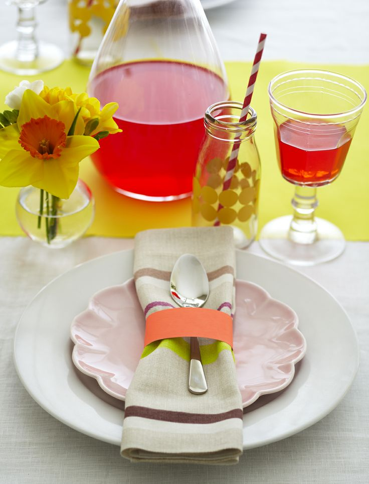 NEON FLORAL PLACE SETTING. Styling Amber Armitage, photograpahy Manja Wachsmuth. Shot for Homestyle magazine, issue 50.