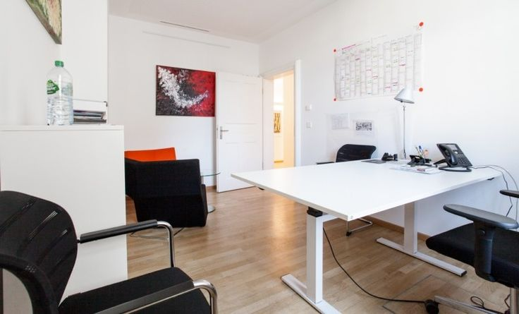 Helles Büro direkt am Maxmonument #Büro, #Bürogemeinschaft, #Office, #Coworking, #München, #Munich