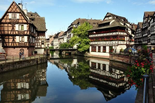 On the canal in Strasbourg, France pic.twitter.com/dG8xoeohgC