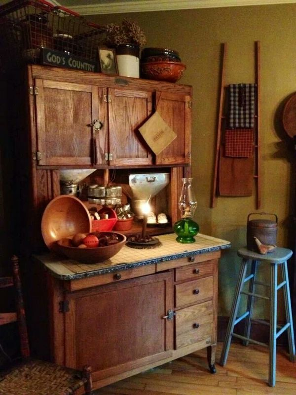 980 best images about antique hoosier cabinets and container 39 s on pinterest vintage kitchen - Antique kitchen decor ideas ...