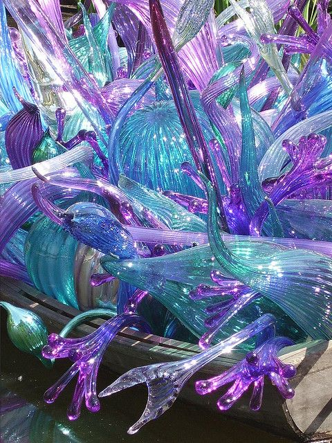 Chihuly...This is gorgeous! I really want to go to the Arboretum in Dallas to see his work in person !!