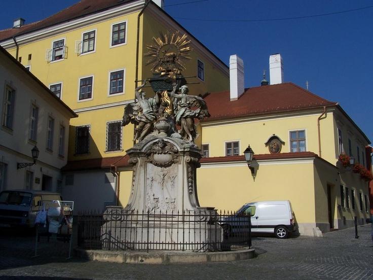 "Famous sculpture, called ""Frigyláda"" in Győr,"