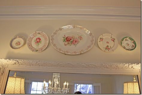 Another way to use your pretty plates that are sitting, hidden, in the cupboard. :)