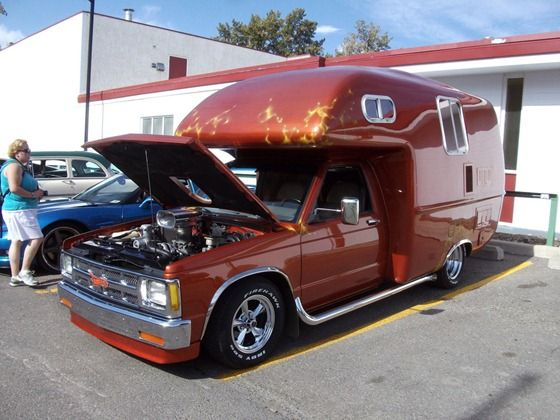 Rv S Made Into A Mobile Shoe Store
