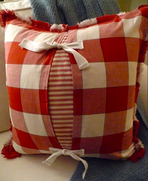 Make charming Shabby pillows from napkins with this tutorial:  http://bargainhoot.com/2010/11/06/pillow-covers-from-fabric-
