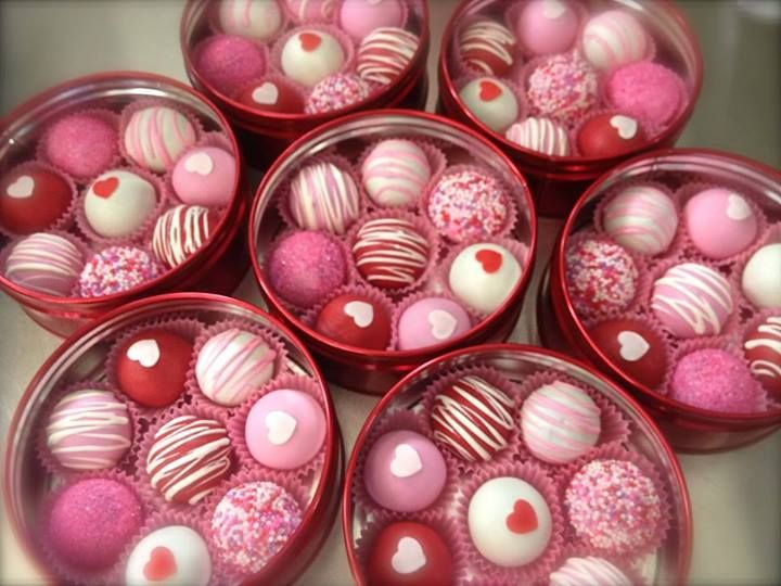 apparently I am to make cake pops for my kids for valentines's Day!!