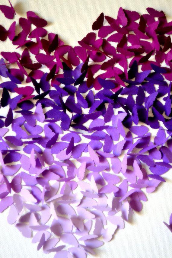 ZOALS TE ZIEN OP HET DISNEY BABY BLOG TREND HORLOGE! http://www.disneybaby.com/blog/modern-Nursery-trend-Watch-Ombre/#slide23  3D paarse Ombre klassieke vlinder hart - MADE TO ORDER  Vele vele vlinders in beautifulshades van paars komen samen in de vlucht naar de vorm van een hart. Vlinders zijn ca. 3/4  in grootte, gemaakt van kwaliteit cardstock, en één voor één met professionele, sterke dubbele dubbelzijdig tape aan een kunstenaar doek wit geschilderd.  Een moderne romantiek zou aan elke…