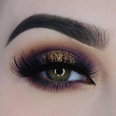 Glitter dourado + esfumado roxo