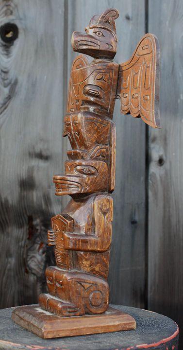 ALERT BAY TOTEM POLE Cir 1950 THUNDERBIRD BEAR COPPER NORTHWEST COAST ART