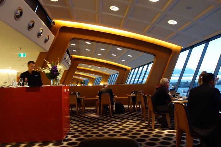 国際線というと、狭いところに長時間座っていなければならないイメージですが、空港のラウンジでリラックスしてラグジュアリーな飛行機旅を楽しんでいる人たちもいます!そんなリッチな気分にさせてくれる空港ラウンジをご紹介します♪1. ヴァージンアトランティック航空「クラブハウス」...