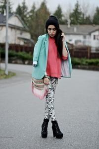 :: Fashionable Blogger : LEA :: Gaya :: Gadis.co.id ::