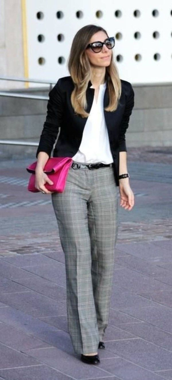 Work Outfits For Women Over 35 (5)