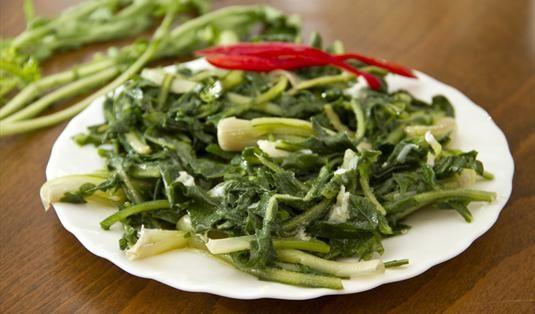 Radika (hindiba) Tarifi / Marifetlitarifler'den yemek tarifleri