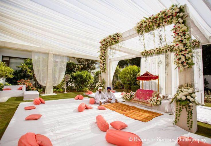 From Gaurav kapoors wedding. Perfect setting. #White #Wedding #Gorgeous