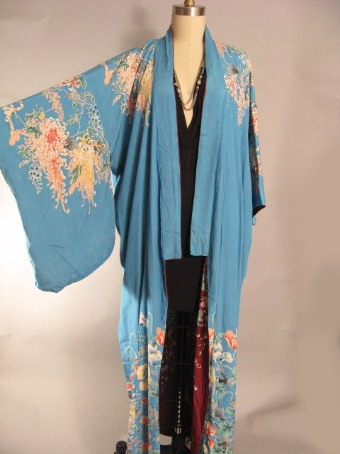 Been looking for the perfect kimono robe for years now (wish this was still for sale!)