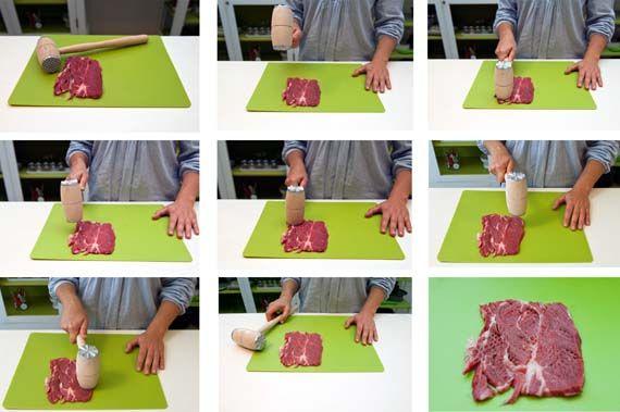 Carni tenerissime? Ecco il segreto! Melarossa ti spiega come battere la carne per renderla morbidissima.  Cosa occorre:  1 tagliere,  1 batticarne,  1 fetta di carne a tua scelta #Cucina con noi!