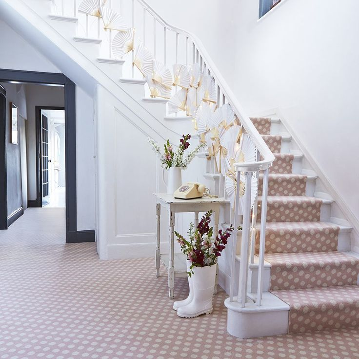 Chose the perfect carpet for any room with our step-by-step guide to fabulous flooring